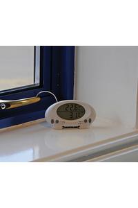 Product Θερμόμετρο Ψηφιακό Εσωτ./Εξωτ. Χώρου Silverline 675133 base image