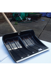 Product Φτυάρι Εκχιονισμού Πλαστικό Με Στειλιάρι Streetwize SWWR10 base image